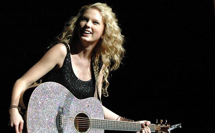 Taylor Swift Concert Pics. Taylor Swift is still a big