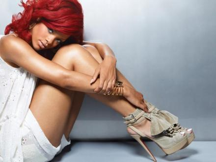 Rihanna New Picture